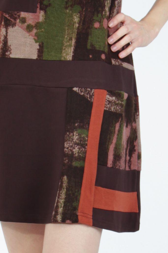 Robe courte marron sans manches chic et tendance Emily 304833