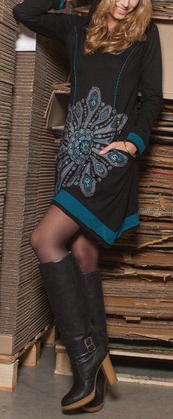 Robe courte noire à capuche imprimée ethnique Assia