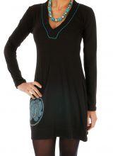 Robe courte noire aux broderies bleues originales Kouango 313895