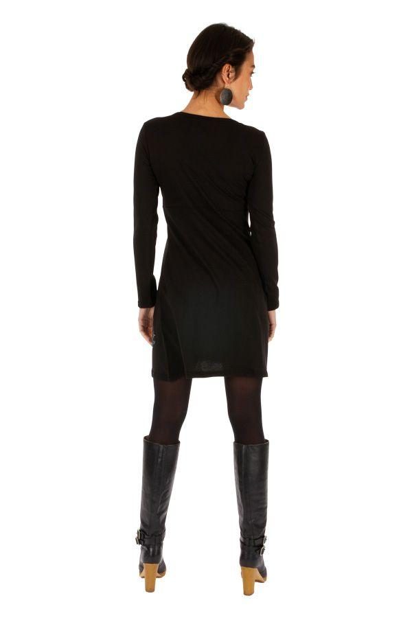 Robe courte noire du Népal à manches longues Séguéla 314019