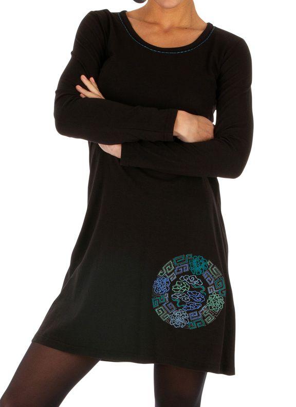 Robe courte noire du Népal ethnique et brodée Toumodi 314044