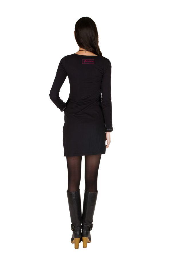 Robe courte noire et imprimé coloré 301203