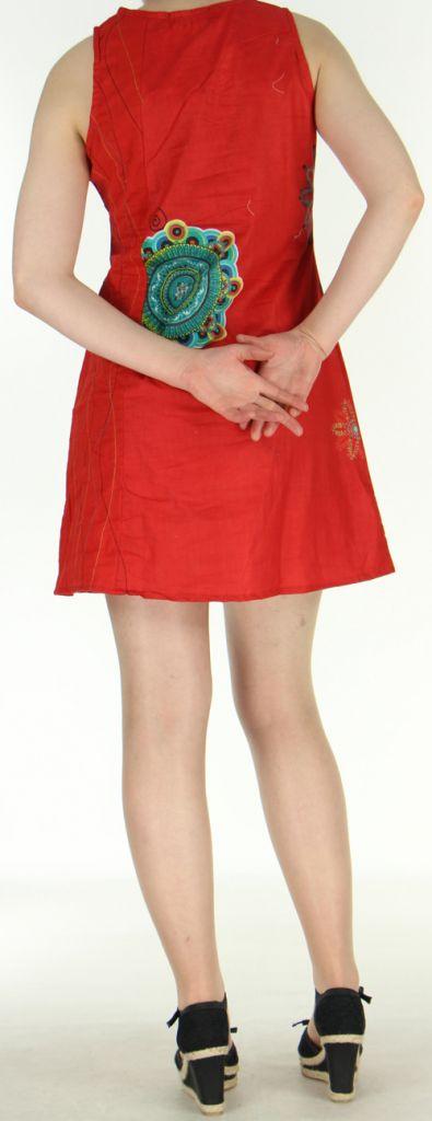 Robe courte rouge imprimée à col rond Venezuela 271049
