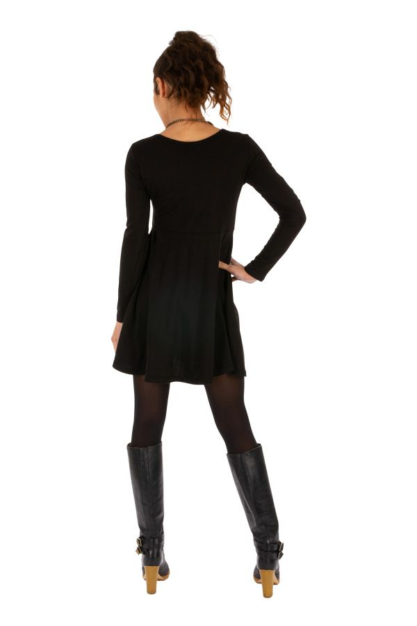 Robe courte unie noire au bel imprimé ethnique Butembo 313954