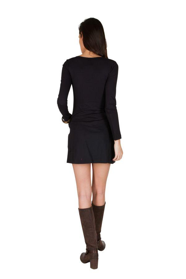 Robe d'hiver courte imprimée à manches longues et col rond noire Perlina 298632