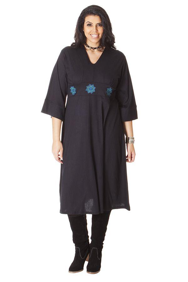 Robe droite noire grande taille avec un col en V 286305
