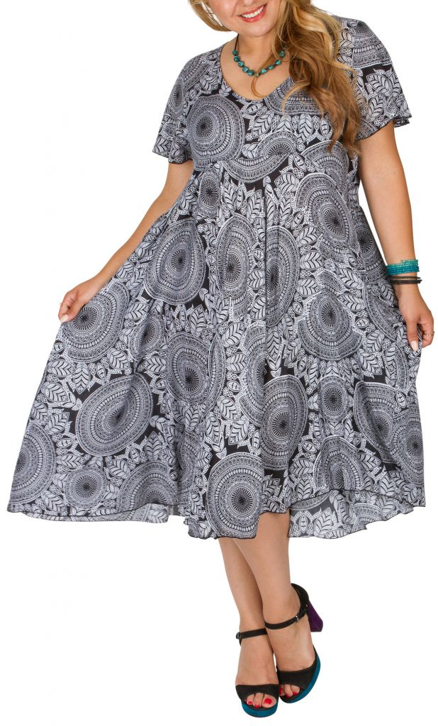 Robe femme grande taille ethnique-chic pour un look urbain Siya 306399