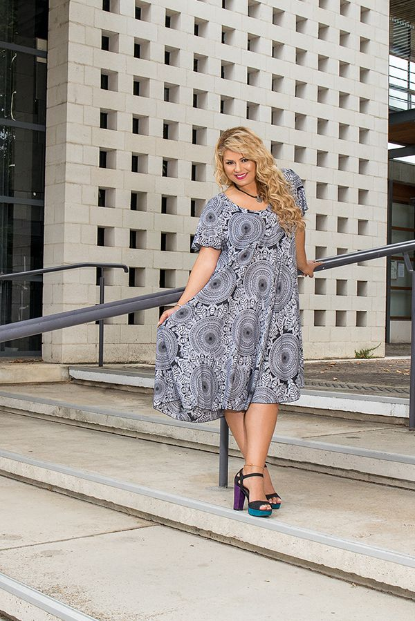 Robe femme grande taille ethnique-chic pour un look urbain Siya 306402