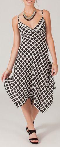 Robe longue noire et blanche asymétrique originale et colorée Opali 271238