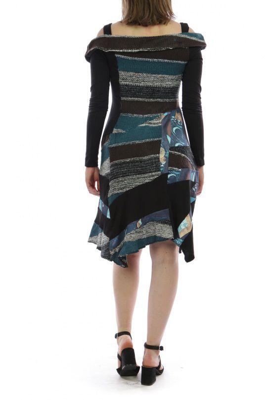 Robe mi-longue d'hiver originale en laine noire et bleue 302585