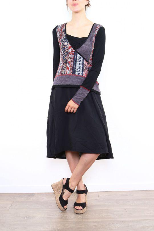 Robe mi-longue noire avec une touche d'originalité Ezelle rouge 304488