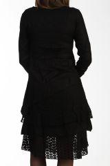 Robe noire bohème avec de la dentelle et des broderies