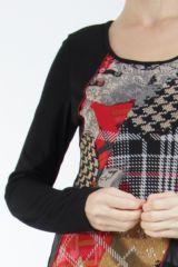 Robe noire et rouge avec des empiècements de tissus Inem 305044