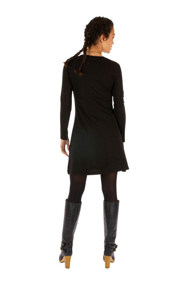 Robe noire femme courte d'hiver du Népal et brodée Kembé 313888