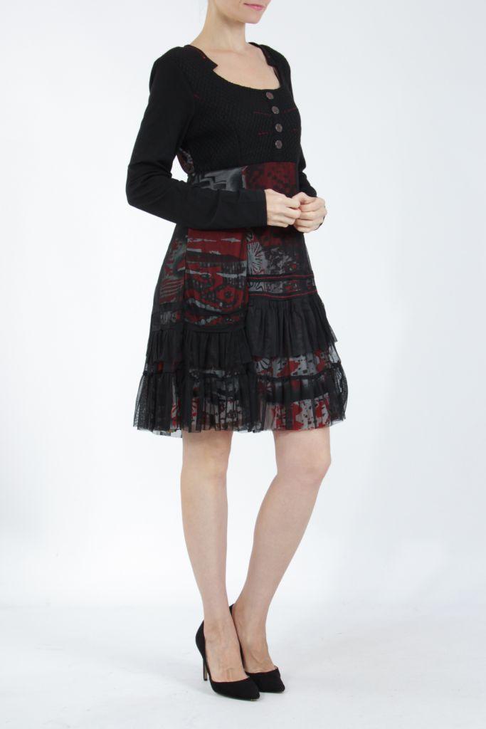 Robe noire mi-longue à manches longues originale Polah 304952
