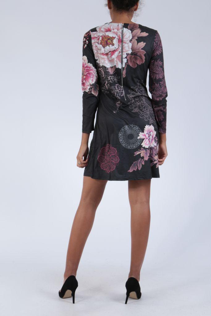Robe noire originale imprimée de fleurs d'azalée Perry 304275