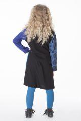 Robe pour enfant bleue avec des rosaces brodées 286380