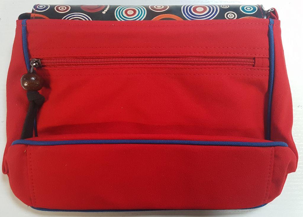 Sac Macha chic rouge et noir à bandoulière Axl 305360
