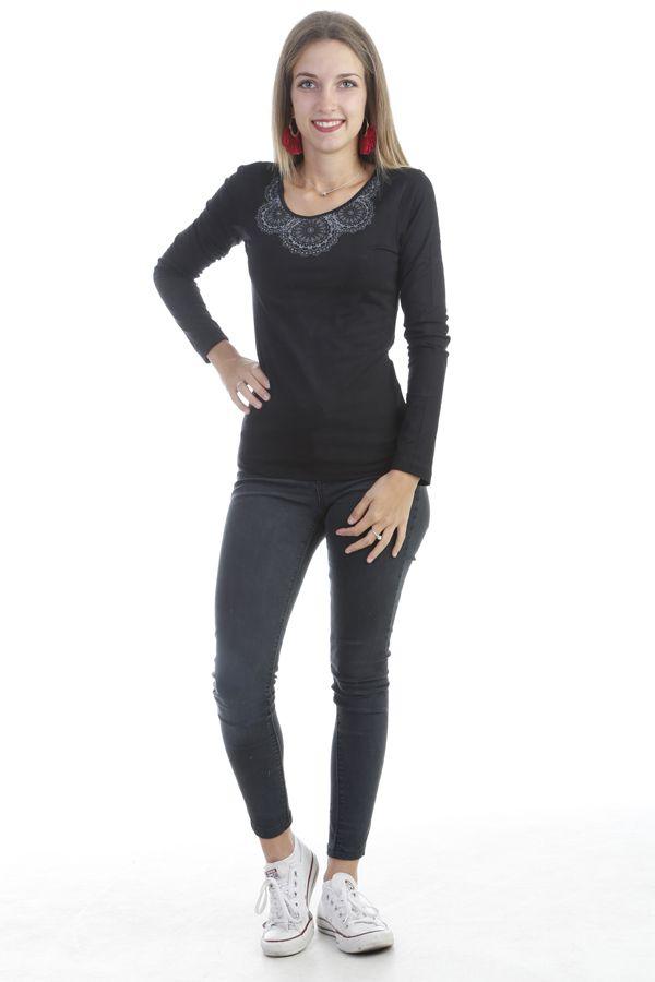 T-shirt à manche longue original et prêt du corps uni noir Quia 303256