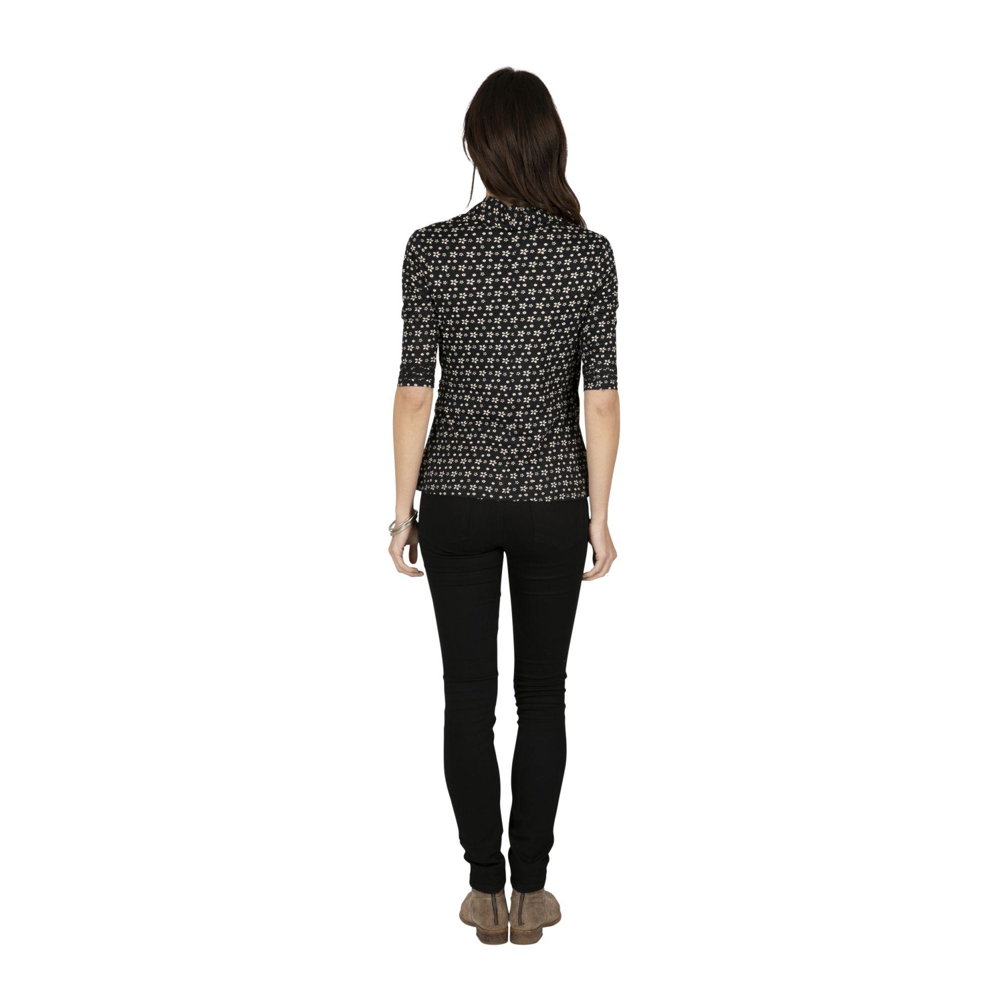 Tee-shirt original femme col V noir et fleuri Masaka