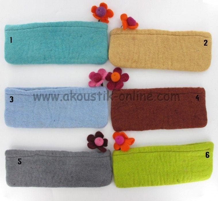 Trousse en laine bouillie petite fleur 238801