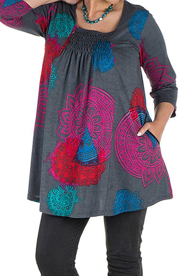 Tunique grande taille à manches trois quarts Grise avec motifs colorés et col smocké Liv 300557